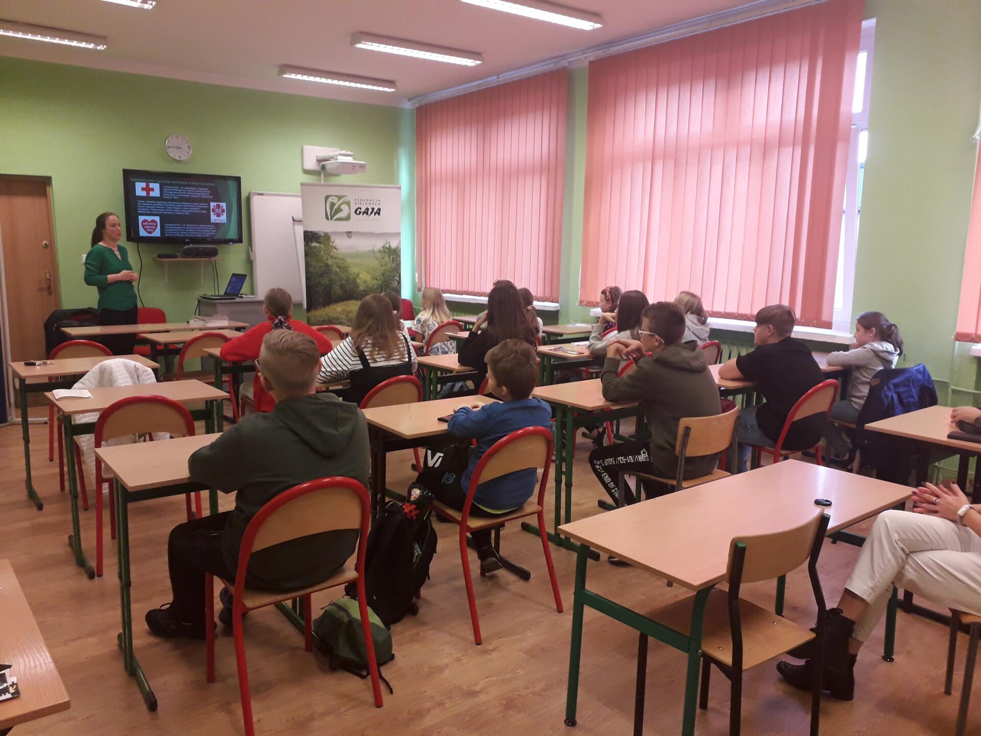 Promocja projektów INT162 i INT142 podczas Nocy Bibliotek w Szkole Podstawowej Nr 1 w Gryfinie